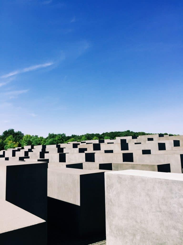{ holocaust memorial }